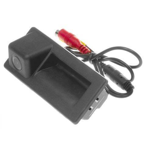 Камера заднего вида в ручку багажника для Skoda Octavia, Superb 2017 2018 г.в.